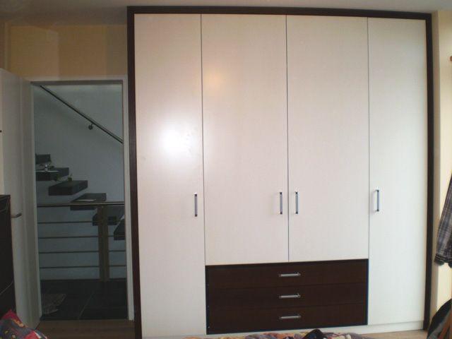 einbauschrank holzfenster haust ren kleiderschrank tisch. Black Bedroom Furniture Sets. Home Design Ideas